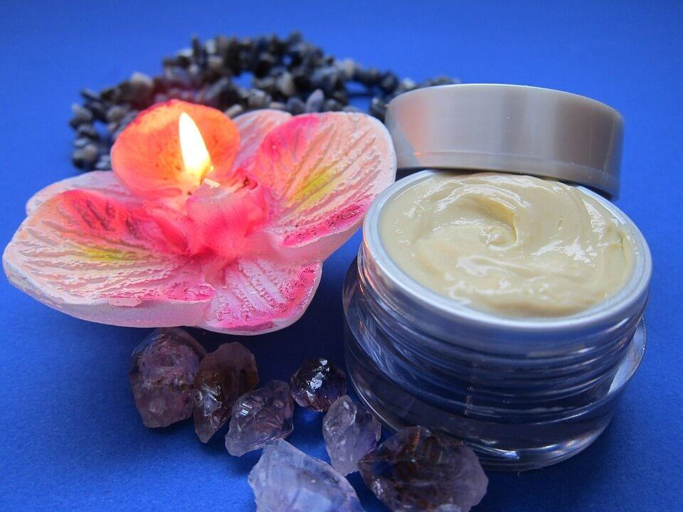 Skin Cream with Flower Candle