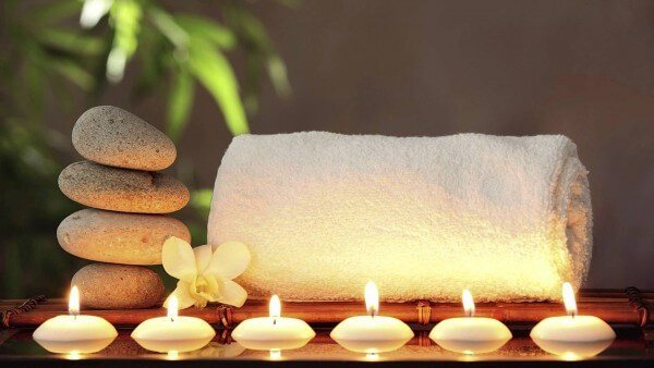 hot stone massage and towel