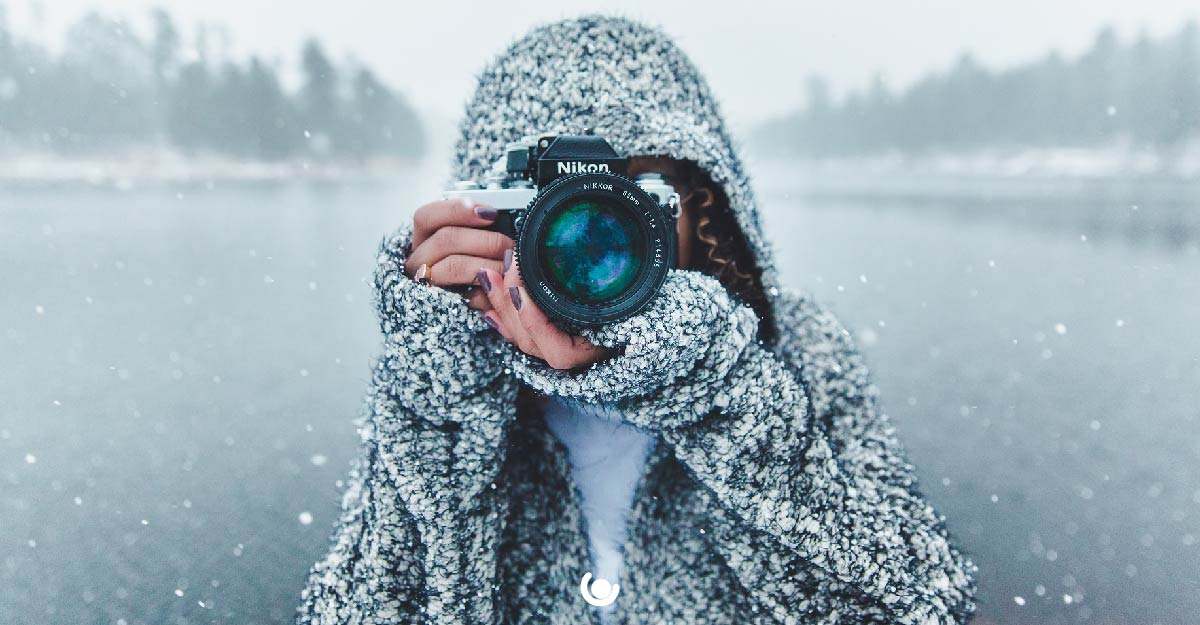 5-Budget-Friendly-Winter-Activities-to-do-Outdoors-photography-walk-01.jpg