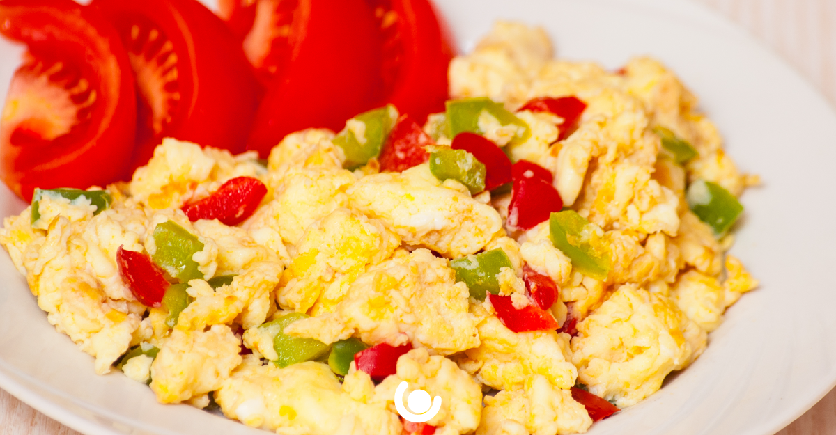 scrambled-egg-and-steamed-vegetables.png