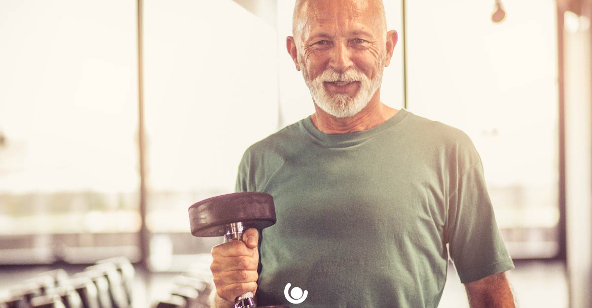 Why-the-Over-50s-Make-Great-PT's-dumbbell-01.jpg