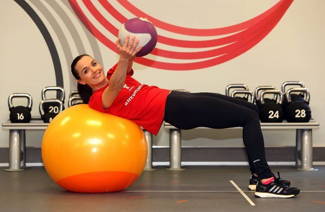 Victoria Pendleton working out with gym balls